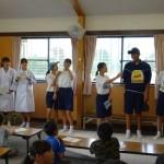 保健委員会の下忍学童保育室訪問