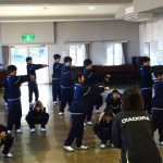 佐間公民館のダンス授業