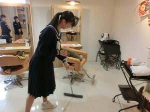 ヤマギワ美容室 (2)
